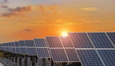 Sul-coreano anuncia investimento de R$ 6 bi em usina fotovoltaica e fábrica de painéis solares em MS