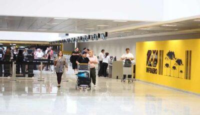 Cresce número de brasileiros que decidem viver no exterior; países oferecem oportunidades de emprego