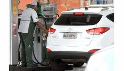 Gasolina volta a subir na segunda-feira