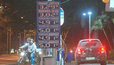 Preço da gasolina ultrapassa marca de R$ 5 no Distrito Federal