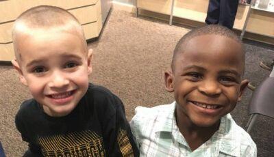Menino corta cabelo igual a amigo para tentar enganar a professora