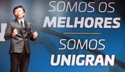 Ilusionista brasileiro, Issao Imamura, faz palestra show na abertura do Hackathon 2019 na UNIGRAN