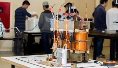 Engenharias Civil e Mecânica da UNIGRAN realizam Mostra de Eletromagnetismo