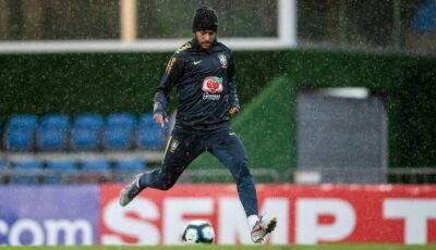 'Expuseram meu filho. Neymar fez isso', diz ex-marido da jovem que acusa jogador