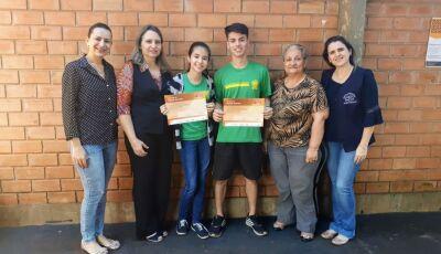 Vicente Pallotti destaca estudantes nas Olimpíadas de Matemática e visitam Asilo em Fátima do Sul