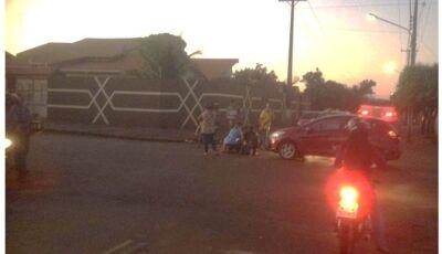 Veiculo Ford Fiesta colide com ciclista causando ferimentos, em Fátima do Sul