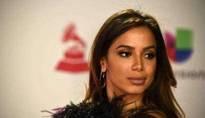 Anitta perde a paciência e dispara verdades sobre apresentação na Copa América