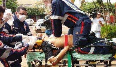 Jovem é baleado com 4 tiros em bairro de Dourados