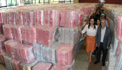 Governador entrega cobertores para os 79 municípios nesta quinta-feira