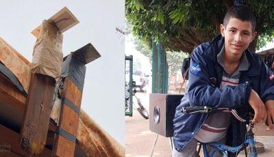 SIDROLÂNDIA: Menino cria sistema de energia para abastecer barracos