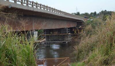 Tráfego sobre o rio Dourados é alterado a partir de hoje para reforço na ponte