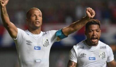Santos vence e diminui diferença, Grêmio ganha de virada
