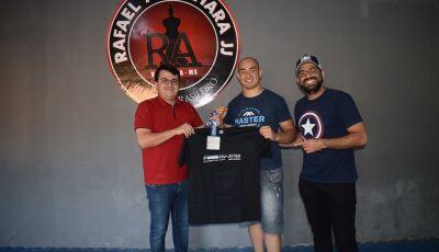 Vicentina com Rafael Alcântara é vice-campeão Internacional de Masters South América Jiu-Jitsu no RJ