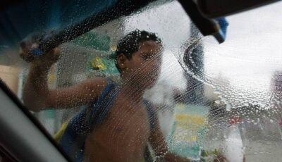 Bolsonaro defende trabalho infantil; entenda por que é considerado ilegal