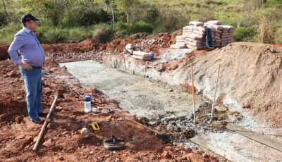 Prefeitura inicia nova tubulação na região da Fazenda Stª Ada, trecho da antiga Serraria do Valmar