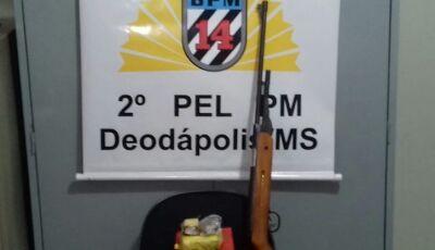 PM encontra droga e arma em residência de autor de violência doméstica em Deodápolis