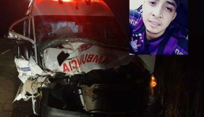 Ambulância que transportava paciente bate em trator e jovem morre em rodovia de MS