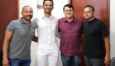 Prefeito Marquinhos incentiva instalação da Clínica Odontológica Dental Art em Vicentina