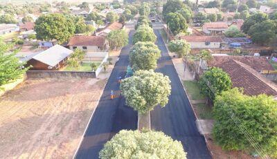 Ruas se transformam com a chegada do asfalto que já é realidade para os moradores em Jateí