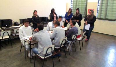 Grupos terapêuticos levam enfrentamento à drogadição em presídios de Dourados e Rio Brilhante