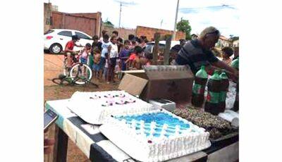 Voluntária ama os pequeninos e pede ajuda para alegrar crianças carentes em MS