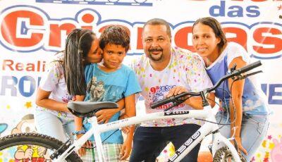Confira as FOTOS da festa das Crianças realizada pelo vereador Ronaldo do Lanche em Fátima do Sul
