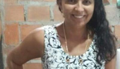 Tristeza e dor com a morte de Adriana Santos, sobrinha do João Sapateiro de Glória de Dourados