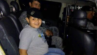 Apaixonado pela Força Tática, Juan Pablo tem festa e presença de policiais em Fátima do Sul