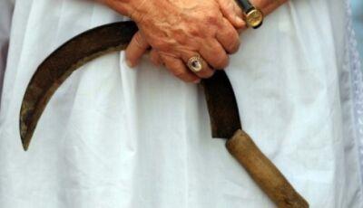 Mulher arranca o pênis de estuprador e entrega na delegacia