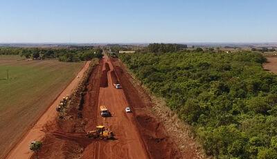 Governo do Estado executa asfalto na MS-379 que beneficiará polo agrícola