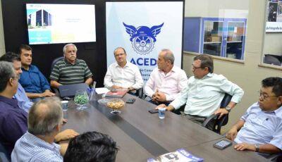 Barbosinha defende gestão eficiente durante encontro com empresários