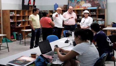 Governo vistoria obra de escola que conta a história de gerações