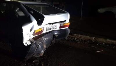 Condutor bate e foge, Dono fica indignado ao encontrar veículo todo danificado em Vicentina