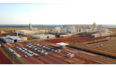 Reinaldo Azambuja participa de inauguração de complexo industrial de R$ 750 milhões