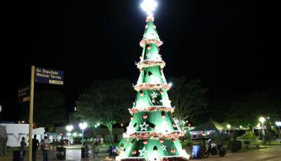 Espírito Natalino contagia e Papai Noel chega para acender a luzes neste sábado em Jateí