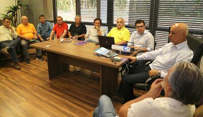 União entre Governo e dirigentes de clubes quer resgatar futebol sul-mato-grossense