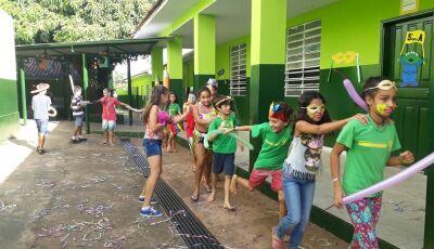 Em Glória de Dourados, Escola Hilda Bergo, após 54 anos, deixa Mensagem de Despedida.