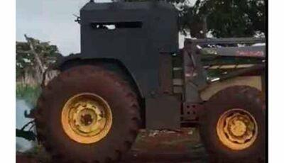 Com medo de conflito fundiário, fazendeiro de Dourados fabrica trator blindado para plantar