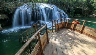 Já imaginou se refrescar em sete lugares lindos? Quando for à Bonito conheça o Parque das Cachoeiras