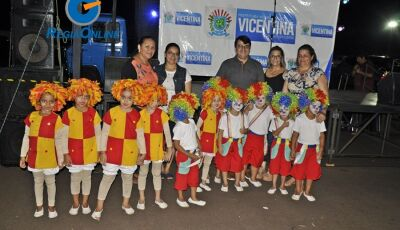 Confira as FOTOS da Feira Livre com apresentação de Dança e Show João Catra e Juliano em Vicentina