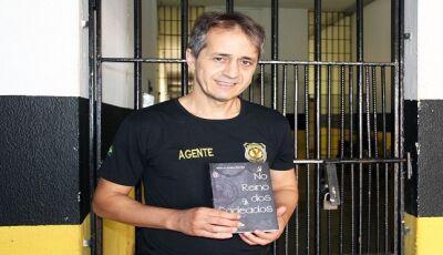 Fatimassulense conta em livro, vivências em 15 anos na maior penitenciária de MS