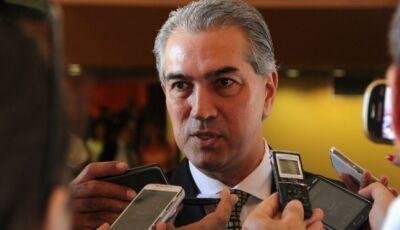 Reinaldo Azambuja anuncia pagamento do 13º salário