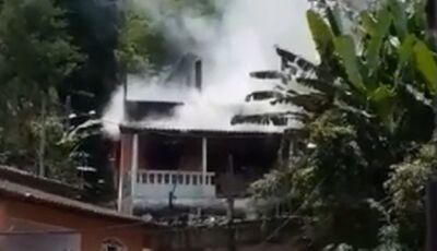 Duas crianças morrem após incêndio atingir casa de Bombeiro