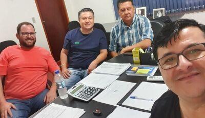 2020 chegando com prefeito Marquinhos do Dedé anunciando mais duas empresas para Vicentina