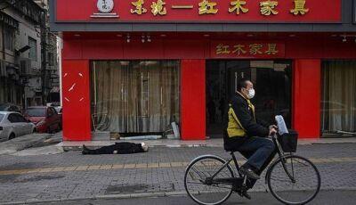 Homem é encontrado morto na rua em Wuhan, foco da epidemia de coronavírus