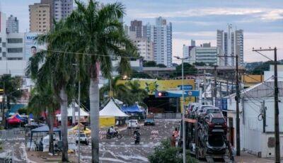 Com alerta de chuva só para 7 cidades, segunda de Carnaval será de céu nublado