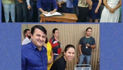 Prefeito assina e agradece Reinaldo por convênio com acadêmicos de Medicina da UEMS para Vicentina