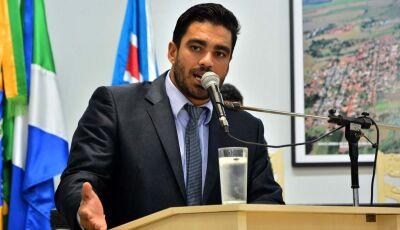 Diego pede conscientização da população e que prefeitura seja mais rigorosa na fiscalização dos terr