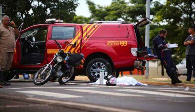 Caminhão passa por cima de cabeça de motociclista na Gury Marques