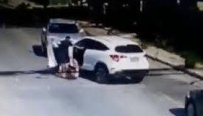 Polícia Militar de Nova Andradina flagra homem agredindo mulher em quitinete
